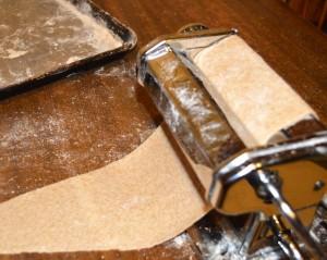kitchen tools - pasta maker