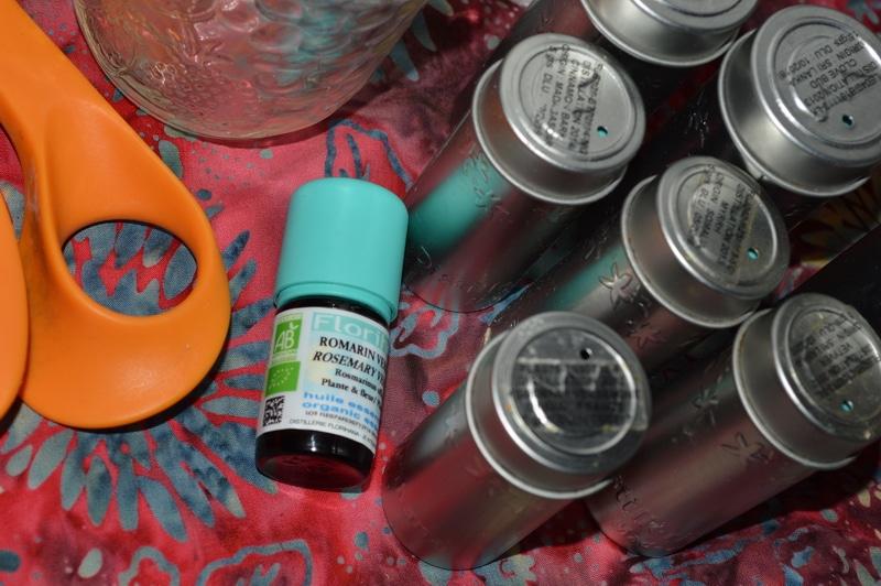 Using thieves vinegar for diy herbal antibacterial wipes