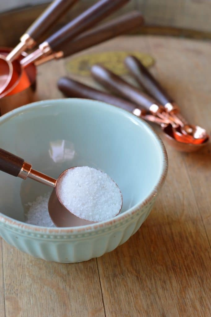 Relieve nasal congestion fast with this easy to make DIY nasal inhaler that uses therapeutic Dead Sea salts.