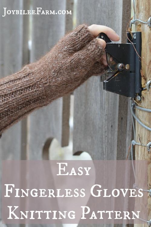 Fingerless gloves Knitting pattern vertical