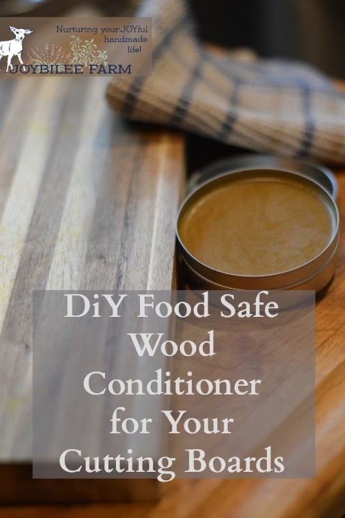 Make an easy food safe wood conditioner for you wooden cutting boards and wooden kitchenware.