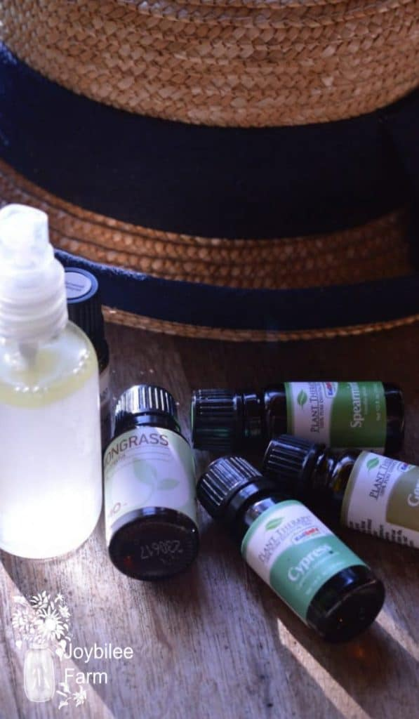 4 essential oils and a spray bottle make natural tick repellent