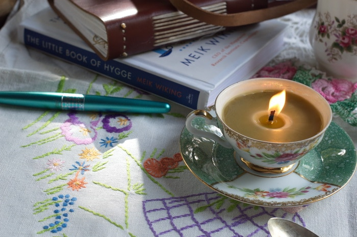 Teacup candles create an instant hygge home atmosphere.
