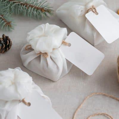 10 Eco-Friendly Gift Wrap Ideas