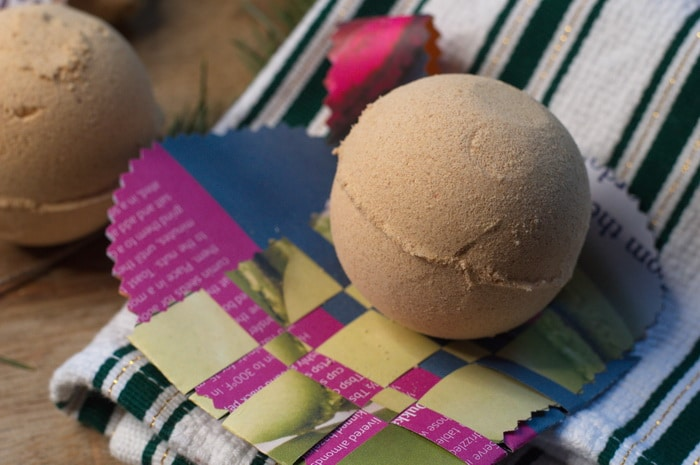 Gold, frankincense, and myrrh bath bombs are the perfect DIY gift for your BFF, secret santa, office party, or any where you need a little luxury without the price tag. Make them in an afternoon for a quick stocking stuffer or DIY gift.
