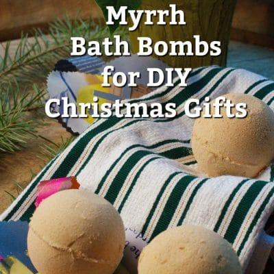 Gold, Frankincense and Myrrh Bath Bombs for Your DIY Christmas